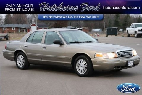 Pre-Owned 2005 Ford Crown Victoria LX