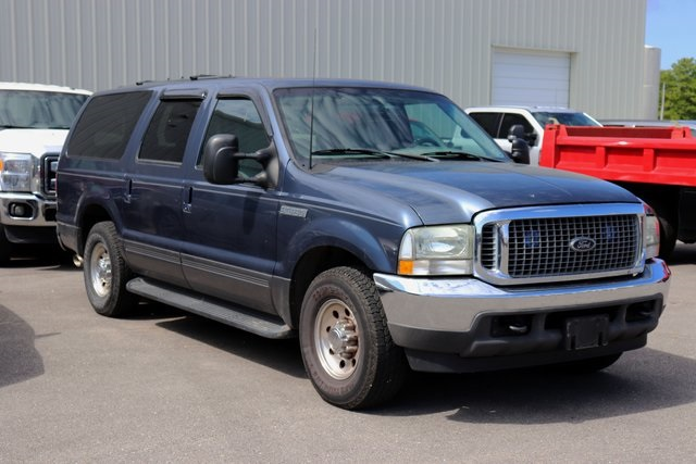 Pre-Owned 2002 Ford Excursion XLT